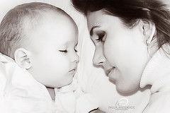 Love (_Paula AnDDrade) Tags: love photography moments searchthebest mother son va bond fotografia mynephew toocute bwdreams paulaanddrade tomyfather diamondclassphotographer