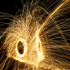 O=O (alexkess) Tags: street light lightpainting como night fire photography nikon flickr suburban australia photoblog nsw shire alexander pyro tobias sparks sutherland moritz steelwool klar sifa wirewool firepainting d700 alexkess kesselaar huenlich dangerousdads