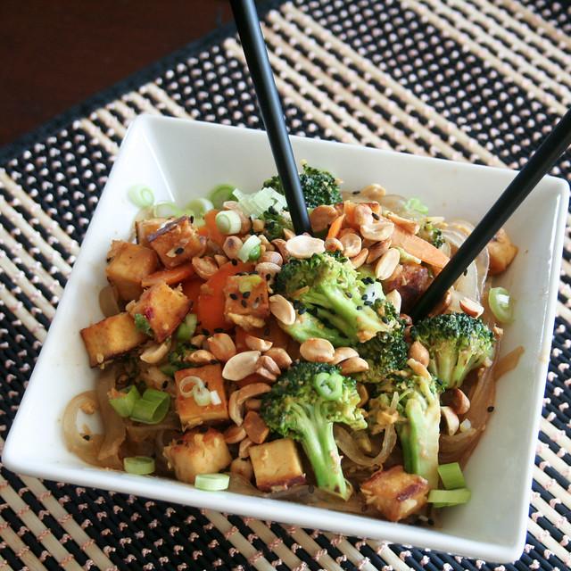 Spicy Peanut Tofu Pad Thai - The Healthy Foodie