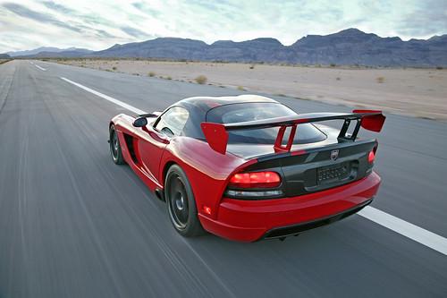 Картинки Нового Dodge Viper SRT 10