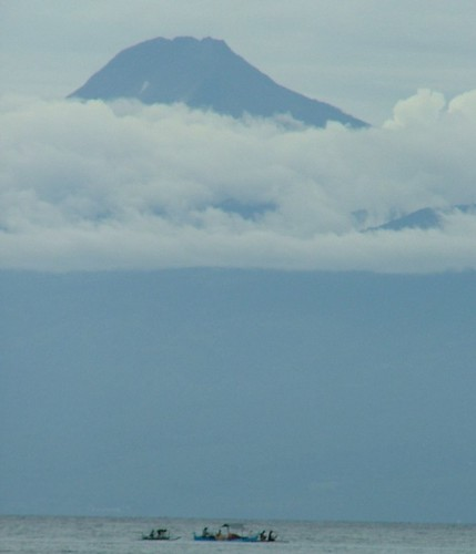"Mount Apo from Davao Bay • <a style=""font-size:0.8em;"" href=""http://www.flickr.com/photos/45206671@N00/2191694888/"" target=""_blank"">View on Flickr</a>"
