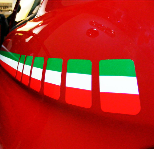 italy flag pictures. Fiat 500 Italy flag
