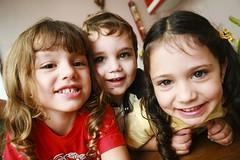 Trio Parada Dura... (Paulo Guimares) Tags: trio criancas lindos dura amores parada fofos