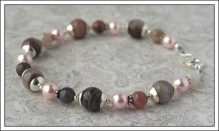 Botswana agate & Swarovski pearl bracelet