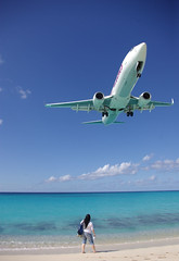 737 landing over Maho Beach, St. Maarten.