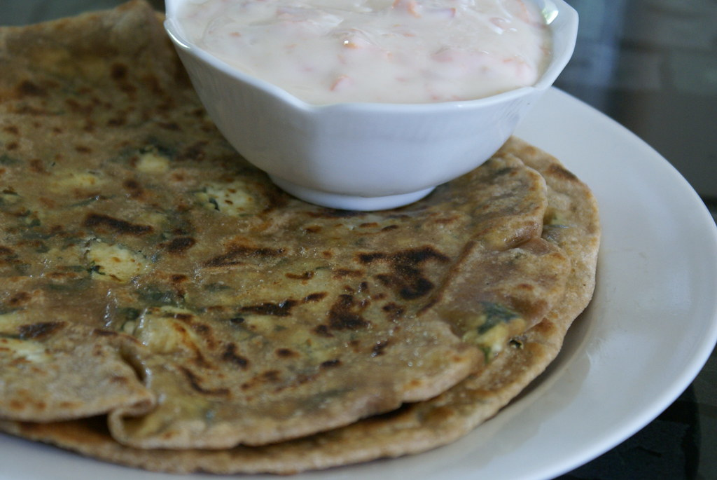 MethiPaneerParatha1