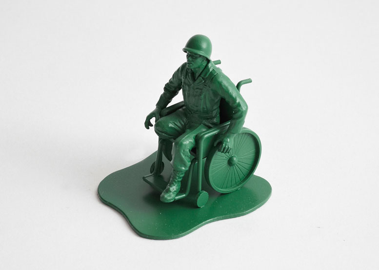 dorothy_0025b-casualties-of-war-toy-soldiers1
