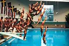 Upp Och Ner (Joakim Berndes) Tags: pool swim jump 2011 swimpool simhopp bassng upponer swingingpool fotosondag jberndes fs110515 joseegana