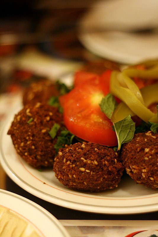 falafel with tahina sauce