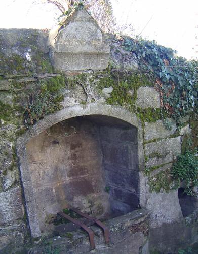 fontaine à Rutali