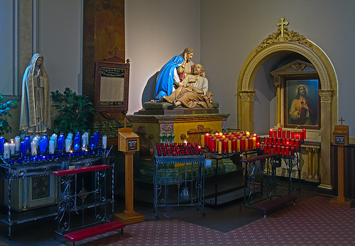 Saint Joseph Shrine, in Saint Louis, Missouri, USA - devotions