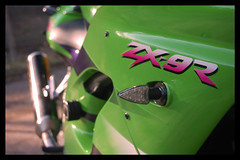 Side02 (terribleturner) Tags: bike motorbike motorcycle kawasaki zx9r zx9 zx900
