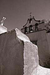 capilla de las animas (A.D.Belmont) Tags: church mxico geotagged interestingness quertaro peadebernal canon1022 dflickr belmoniaco yeah dflickr240208 bernalqro unoscuantospiquetitos explore adbelmont geo:lat=2074273 geo:lon=99939934