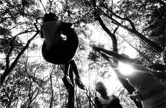 (helena rios) Tags: 35mm children child dos sem movimento criana terra infncia brincadeira mst trabalhadores rurais movimentodostrabalhadoresruraissemterra