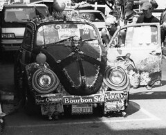 Bourbon Street (diffractionfiber.etsy.com) Tags: vw neworleans beatle bourbonstreet