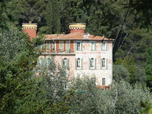 chateau renaissance bellet.jpg