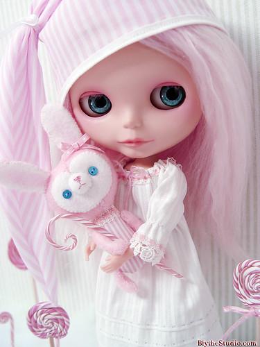 Merrywink soon on Ebay by Ragazza*.