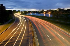 Night traffic from a footbridge (ryotnlpm) Tags: cambridge cars lines boston night traffic footbridge harvard headlights hbs taillights allston nighttraffic superaplus aplusphoto cnrm
