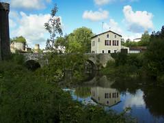 Bandouille (Camilla-K) Tags: river bridge reflection house
