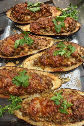 Aubergines farcies au curry et à la coriandre / Curry and Coriander Stuffed Eggplants