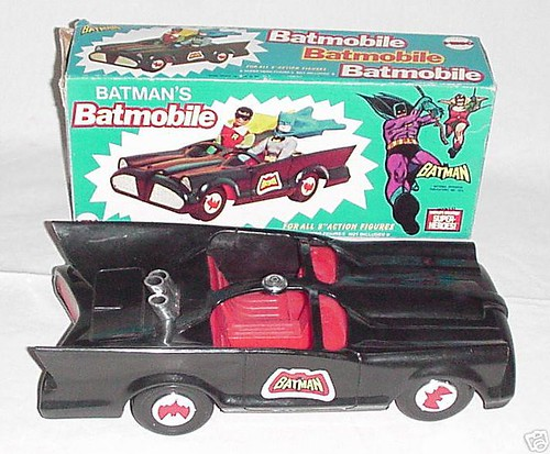 8batman_batmobile