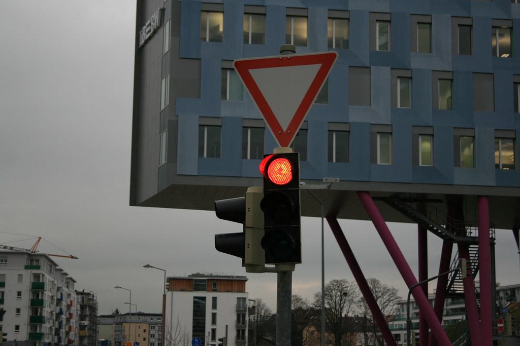 Karlsruhe, Ostendstraße: Ampelanlage