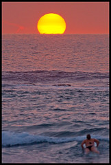 Kahalu'u Sunset (konaboy) Tags: sunset hawaii interestingness surfer bigisland kona kahaluu 21468