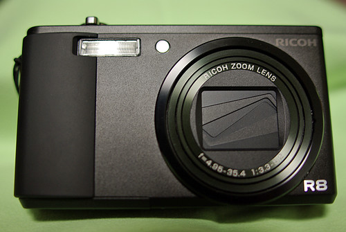 RICOH R8 front view