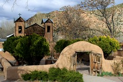 Santuario de Chimayo - explore (Marvin Bredel) Tags: newmexico church explore chimayo santuariodechimayo interestingness237 i500 marvin908 marvinbredel