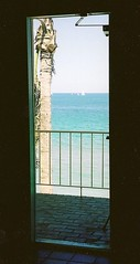 Paradise? Right This Way... (~Jeannine~) Tags: beach florida loveit doorway fortlauderdale fl fabulous onblue iloveit onlythebestare simplysuperb worldwidelandscapes iamflickr flickrbestpics