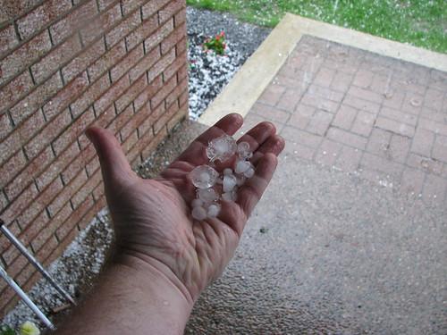 Hailstorm hits Ottawa