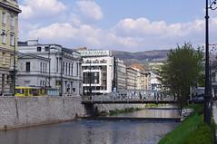 Miljacka River, Sarajevo, Bosnia (Alan Hilditch) Tags: sarajevo bosnia herzegovina grad stari posta hasan zade и ambasada srbije skenderija pozoriste narodno босна čobanija glavna херцеговина čoban iranska