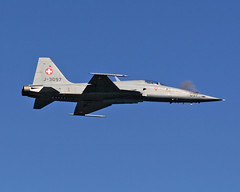 IMG_2515_1280 (shish0r) Tags: canon eos switzerland swiss aircraft aviation military airshow shooting f5 30d luftwaffe planespotting gunfire canon30d axalp sigma70200f28apodgmacro ebenluh