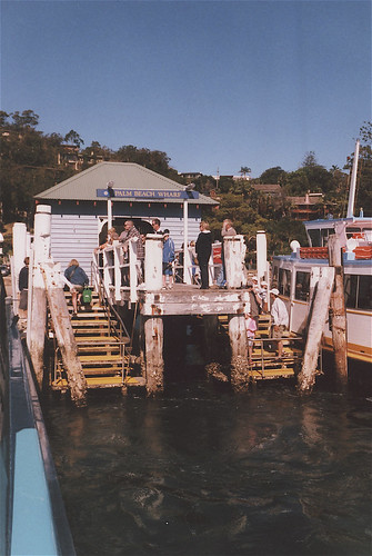 Palm Beach-Ettalong ferry, Sydney
