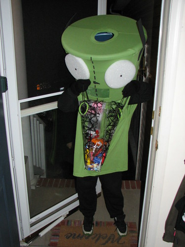 Gir Trick or Treating