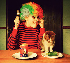 Not-thing (oladios) Tags: selfportrait cat clown catfood grotesque oladios