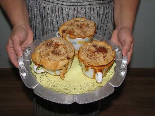 Shoo Fly Cup Pies