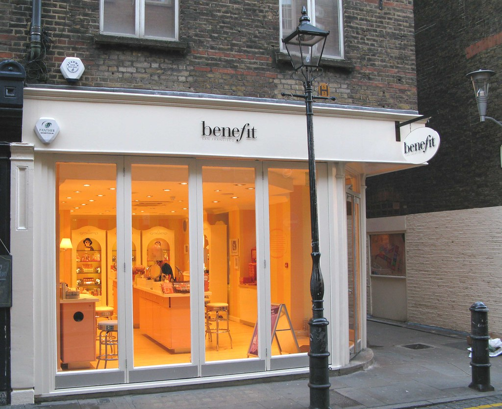 Benefit - the Beauty shop in Seven Dials