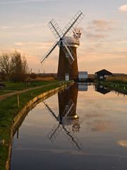 Horsey Mill (Gerry Balding) Tags: england video norfolk dyke nationaltrust reflexions horsey broads windpump novideo totalphoto aplusphoto diamondclassphotographer flickrdiamond