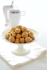 Macarons aux amandes (*steveH) Tags: food white tea sweet almond pistachio macarons pistaches steveh