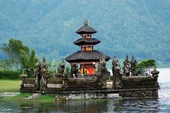 one of temple beratan bali