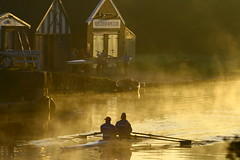 IMG_7777 (lepista) Tags: morning mist club sunrise river rowing weaver runcorn 20071020