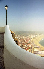 Perspectiva (Carla Robalo Martins) Tags: muro praia beach portugal lamp wall wow nazar candeeiro blueribbonwinner cherryontop kartpostal fotografiacontempornea creativephotos crystalaward portugalunlimited citrit worldclassimage colourartaward closetoreality ilustrarportugal goldstaraward srieouro brilliantphotography olquebonito discoveryphotos sitionazar nationalgeographicportugal whiteiswhite screamofthephotographer allmemorieswelcome colorfullaward colorsinourworld colourmania coisasdeportugal alwaysclik