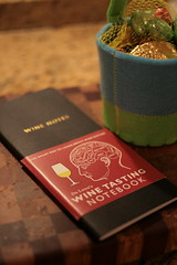 De Long's Wine Tasting Notebook