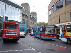 Go Ahead Group 4898 V988 ETN Newcastle 25/10/03 (bkp550) Tags: bus newcastle volvo wright northern renown goahead b10ble v988etn