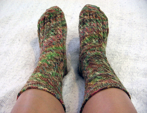 Cable Twist Socks from Helloyarn