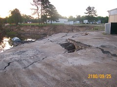 The scary sinkhole ... !!!!???? (ahmed_tarig) Tags: texas near houston sinkhole | daisetta