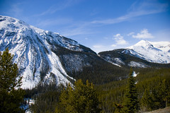 Beautiful Day (dracoLLL) Tags: winter snow canada mountains forest alberta banffnationalpark canadianrockies aplusphoto