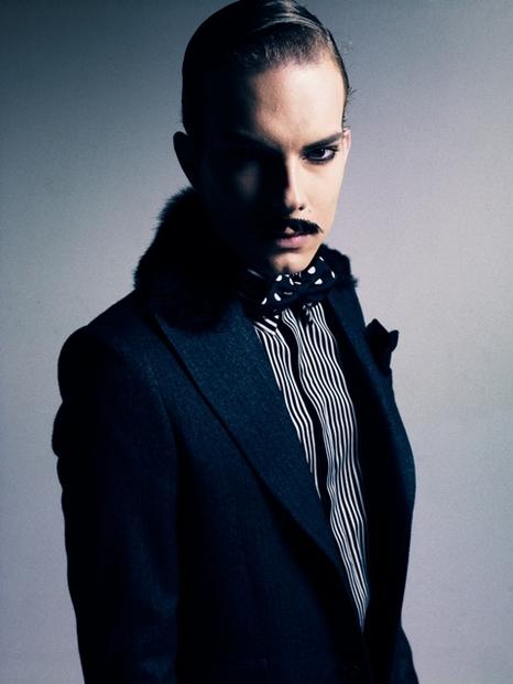 Felipe Dominici0092_GalaabenD AW11(Fashionsnap)