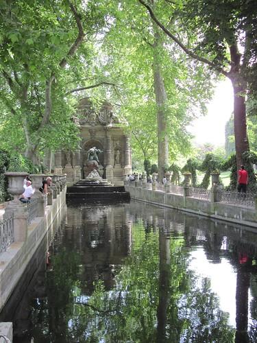 Fountain des Medicis